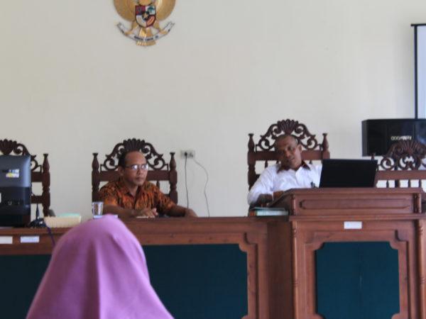 Rapat Rutin Bulanan: Ketua PA Sambas Paparkan Hasil Pembinaan di PTA Pontianak