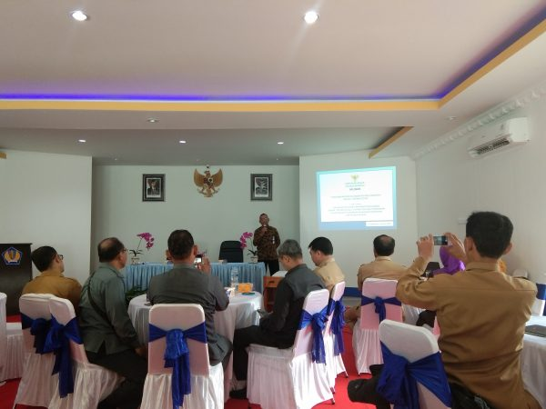 3 Pejabat Pengelola Keuangan PA Sambas Hadiri Sosialisasi PMK 178/2018 dan PMK 196/2018 di KPPN Singkawang