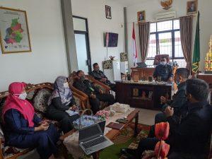 Ketua PA Sambas Pimpin Rapat Evaluasi Hasil Temuan Hawasbid