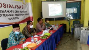 WKPA Sambas Berikan Materi Pada Kegiatan Luhkum di Desa Merubung