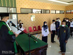Ketua PA Sambas Lantik Iskandar, S.Ag sebagai Panitera Pengganti