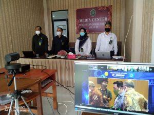 Launching Aplikasi e-BIMA, Pimpinan PA Sambas Ikuti Secara Virtual di Ruang Media Center